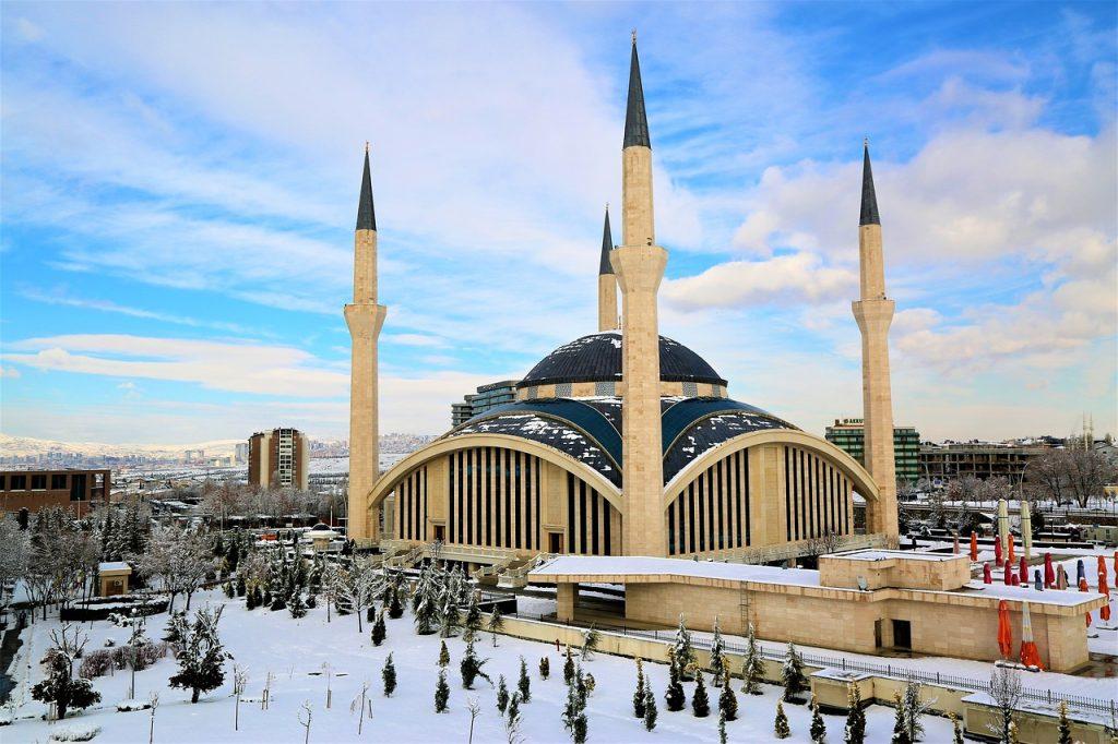 Chcete si udělatpěkný výlet do Ankary z pražského letiště?